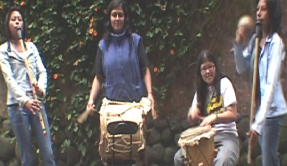 los musicos del Grupo Omagua